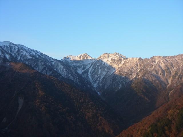季節は10月下旬。 雪が積もる前。 雪山になるギリギリのところです。