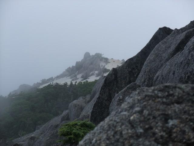 高度が上がるにつれ、なかなかよい景色に。 なのですが、ガスっぽい。