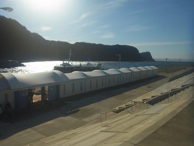 大島へ来て驚いたのは、けっこう無料の施設が多いってこと。 キャンプ場も無料だし、踊り子の里資料館とかその他いろいろ。 たっぷり堪能した後、高速船で帰ります。