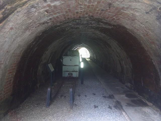 こんなトンネルも残されています。