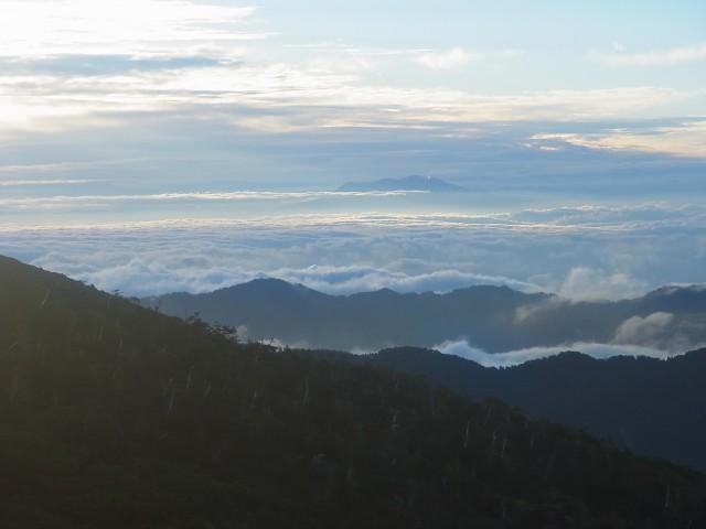 翌日。 白山で迎えた朝。 見事な雲海でした。