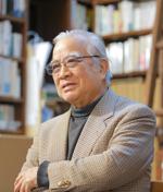 直木賞作家・阿刀田高さん写真
