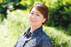 【特集INTERVIEW 番外編】やすみりえ(川柳作家)